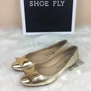 Katy Perry The Julia Gold Star Flats Size 5.5